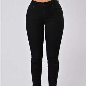 Fashion nova black jeans